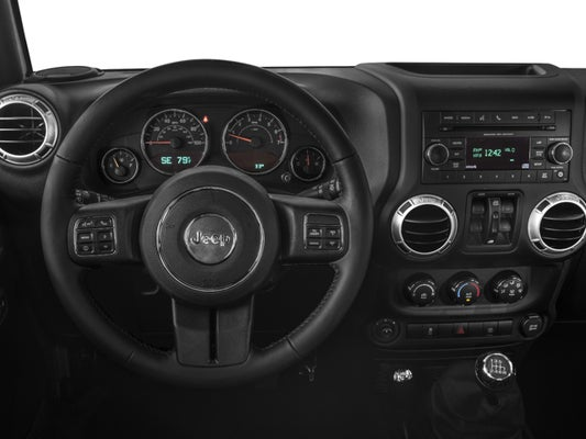 Jeep Wrangler Interior >> 2016 Jeep Wrangler Unlimited Sahara